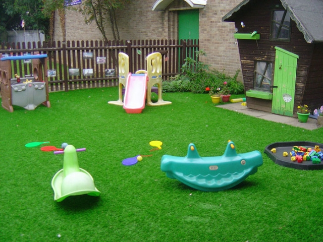 Caring Kindergartens Daventry outdoor facilities